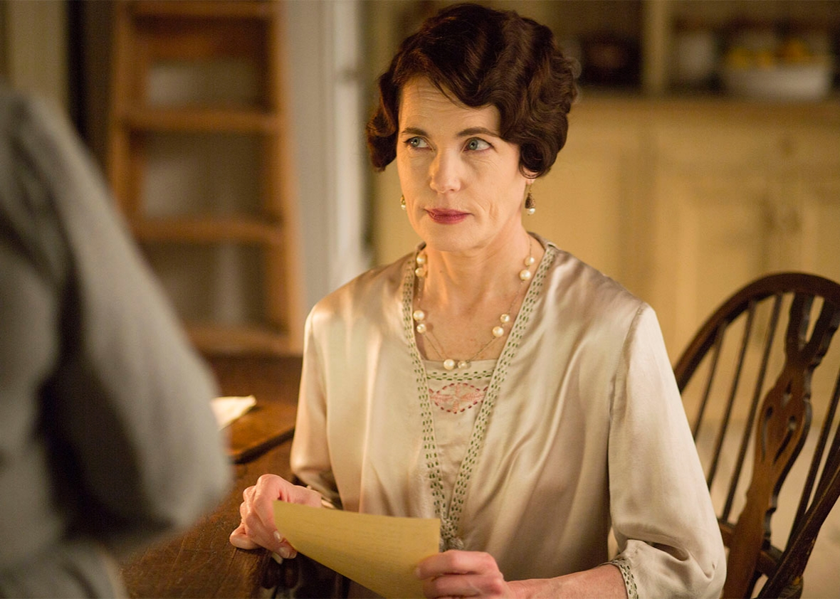 Still of Elizabeth McGovern as Cora, Countess of Grantham in Downton Abbey.