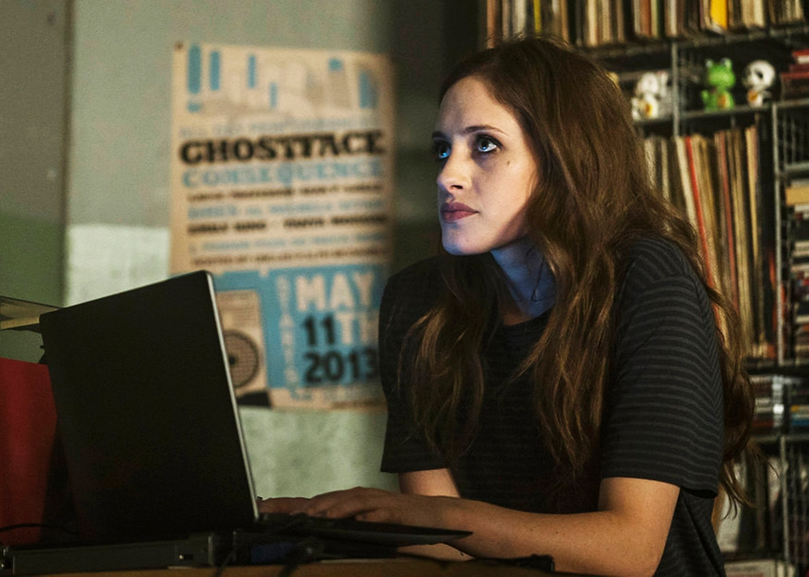 Carly Chaikin as Darlene in Mr. Robot.