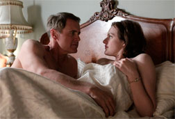 """Duck"" Phillips (Mark Moses) and Peggy Olson (Elisabeth Moss) in Mad Men."