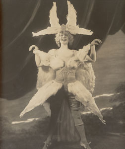 Eva Tanguay, in her feather outfit. Click image to expand.
