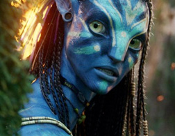 Zoe Saldana as Neytiri in Avatar. Click image to expand.