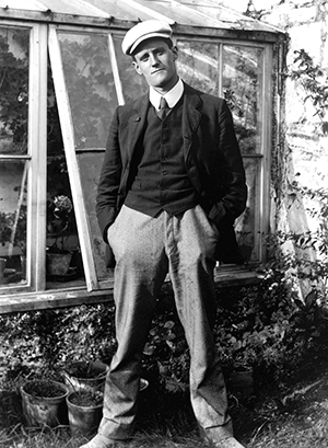 James Joyce, 1904.