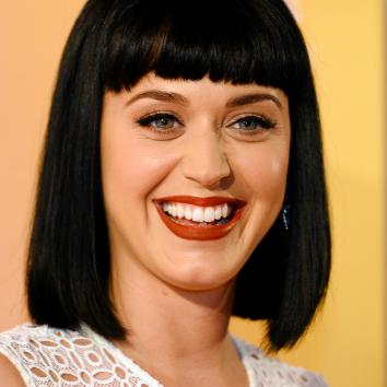 476579301-american-singer-katy-perry-poses-for-photos-at-the