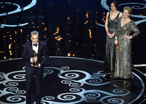 Best Actor winner Daniel Day-Lewis accepts the trophy onstage at the 85th Annual Academy Awards on February 24, 2013 in Hollywood, California.