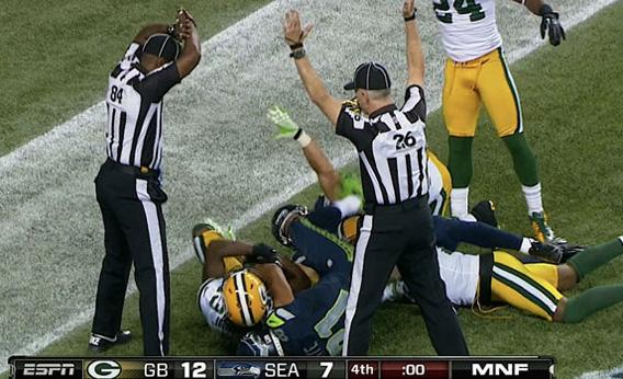Packers Seahawks TV moment.