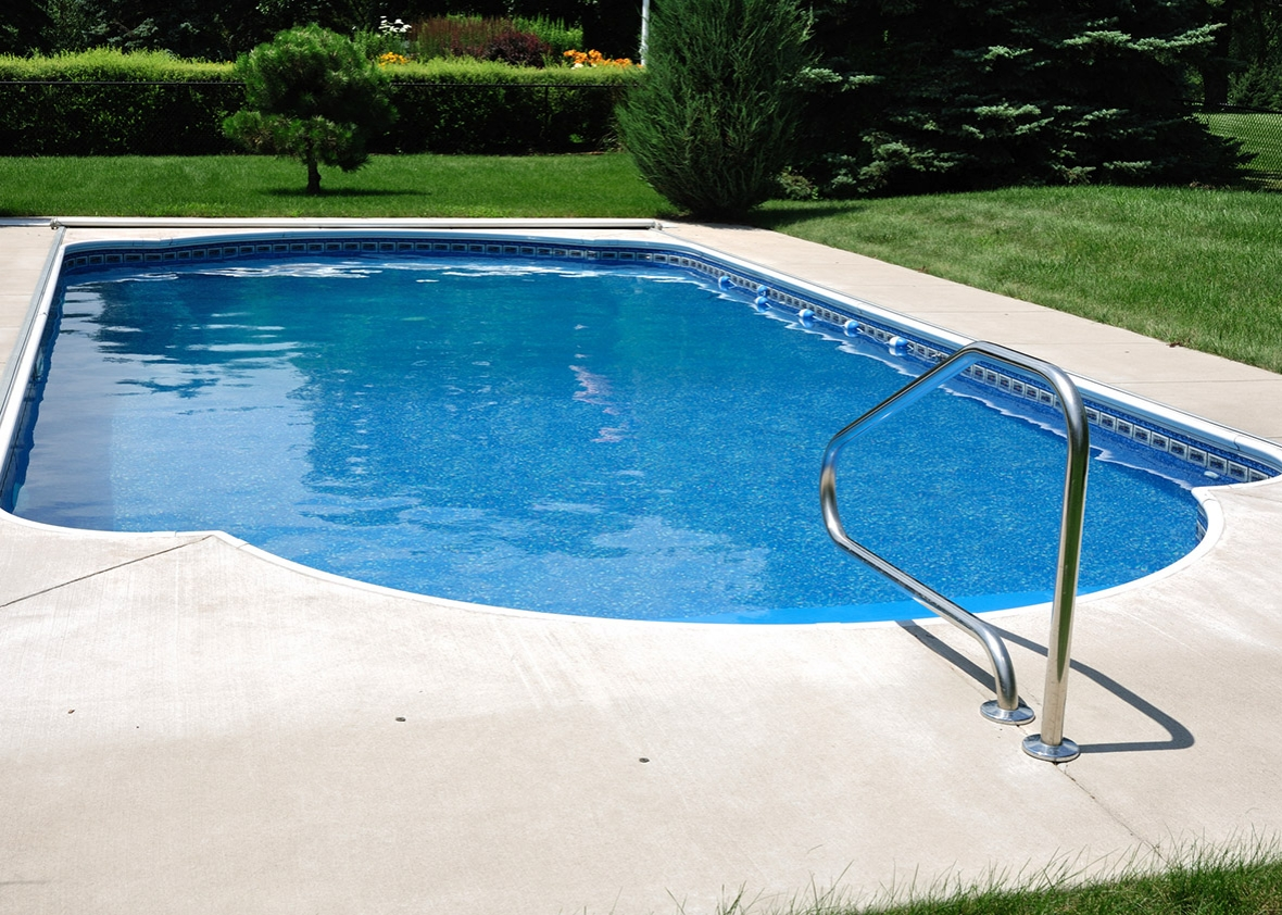 How To Maintain A Clean Pool This Summer