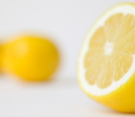 120906_food_lemon.jpg.crop.thumbnail-small