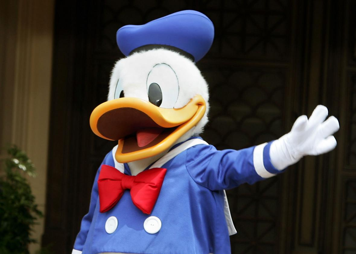 Sweden\'s bizarre tradition of watching Donald Duck (Kalle Anka ...