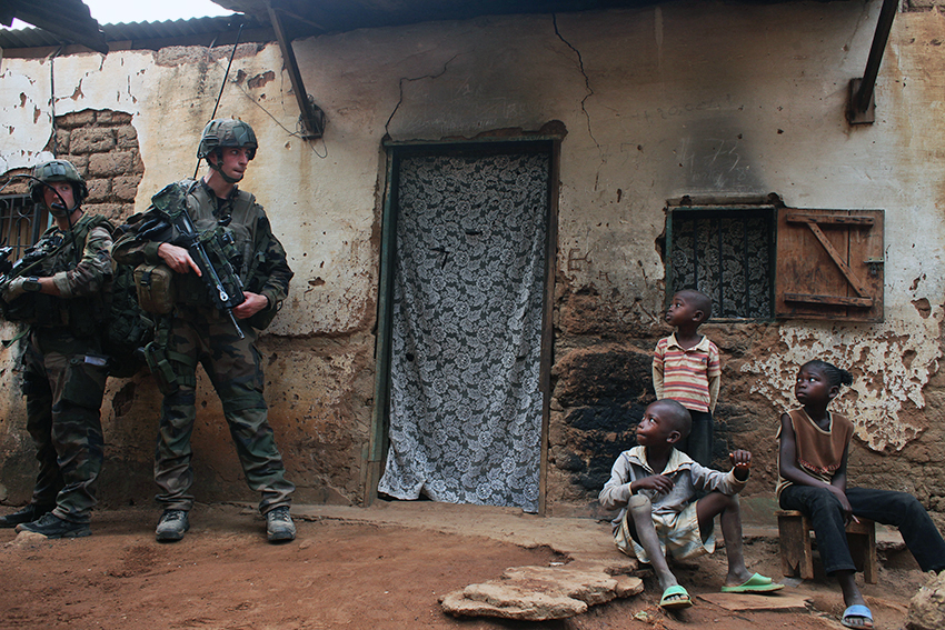 French soldiers patrol Bangui, December 2013