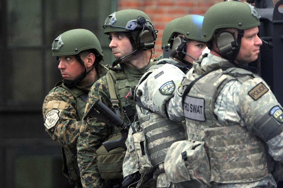 Boston marathon boming standoff: Photos of Dzhokhar Tsarnaev from ...