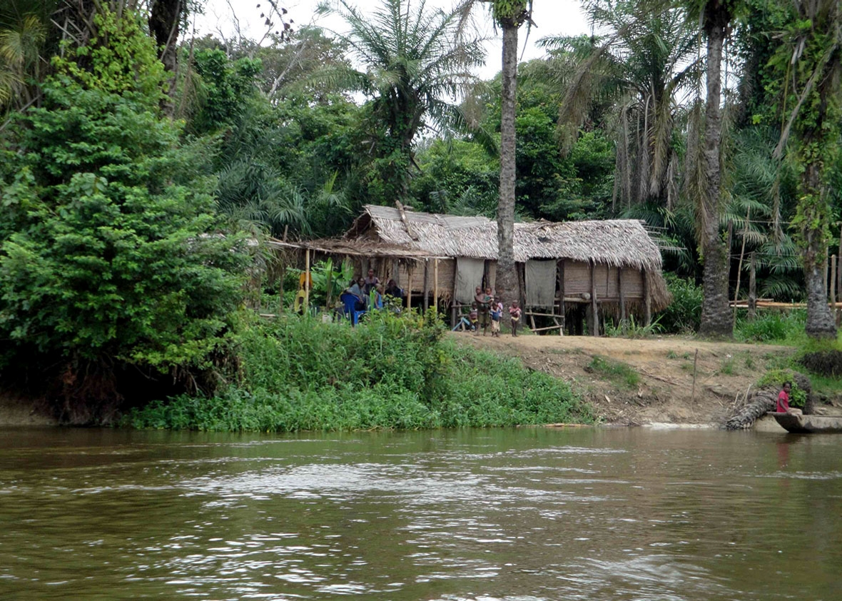 Congo By Barge Giant Overstuffed River Barges Are The