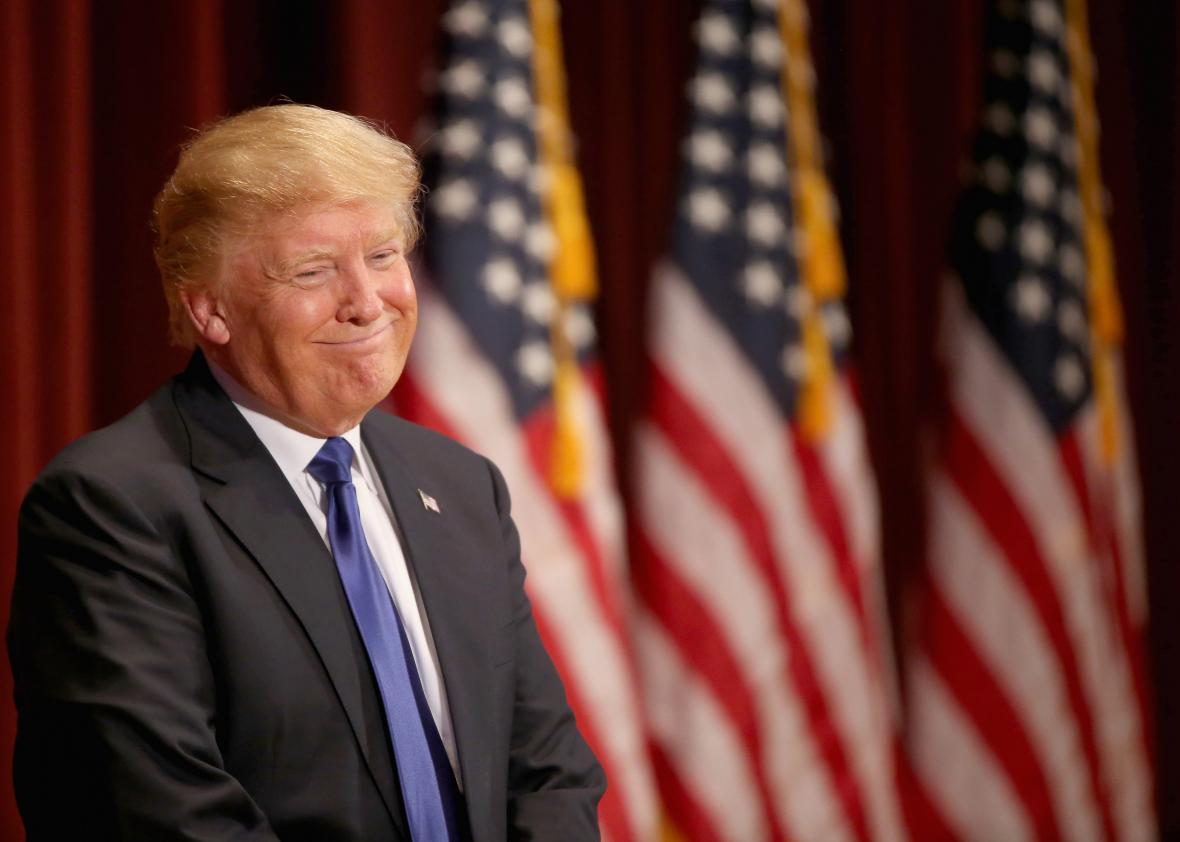 507344162-republican-presidential-candidate-donald-trump-smiles