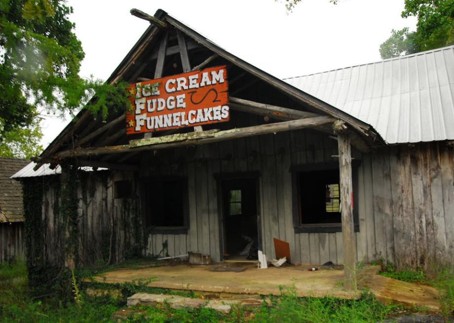 Dogpatch Usa Is An Abandoned Hillbilly Theme Park In Arkansas