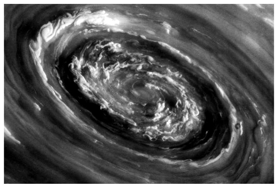 saturn_vortex