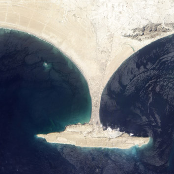 island and peninsula in the Arabian Sea