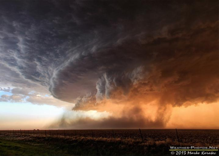 Mesocyclone: Photo of storm cell wins Nat Geo photo contest.