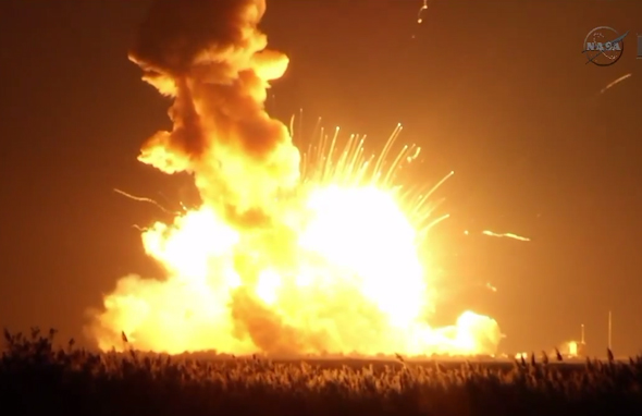 Antares rocket explodes on takeoff: Unmanned rocket launch ...