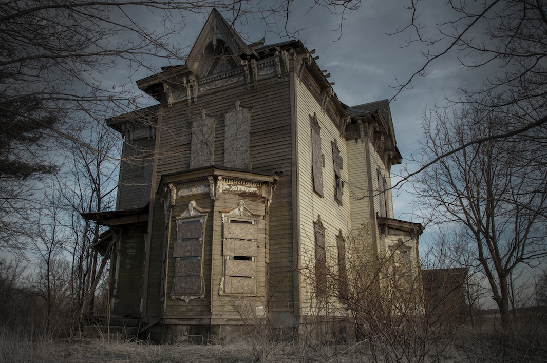 Seph Lawless Photographs American Haunted Houses In His