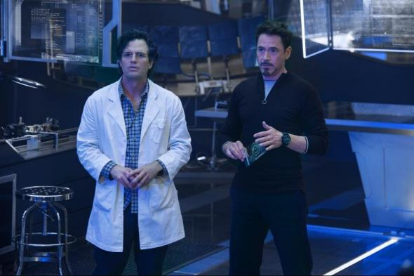 Bruce Banner and Tony Stark in Avengers: Age of Ultron.