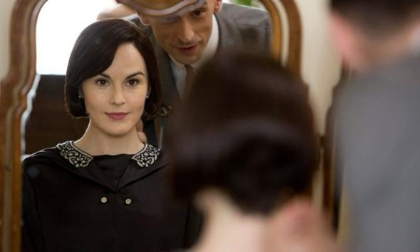 Lady Mary and her haircut.
