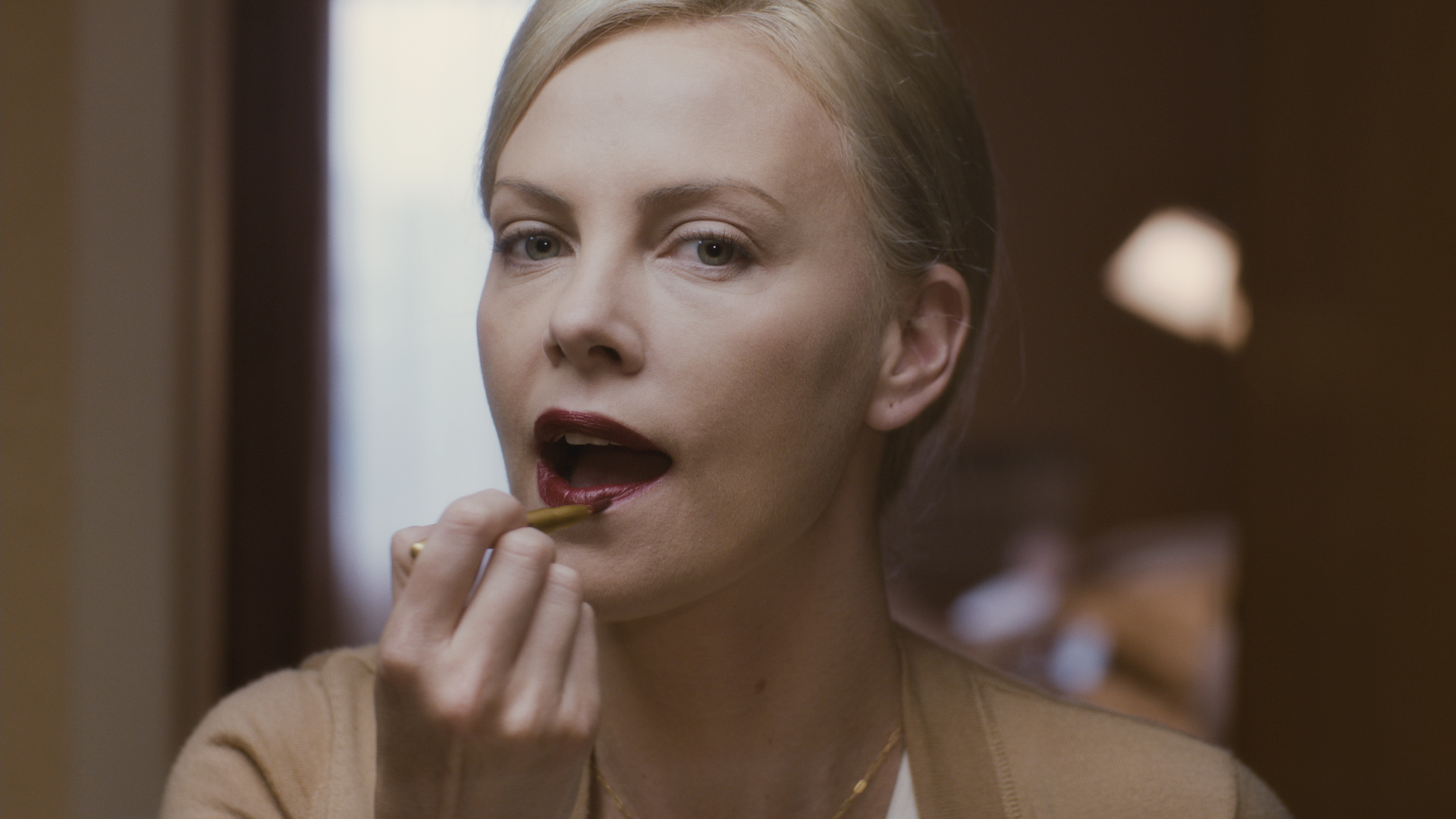 youngadult Charlize Theron Young Adult Charlize Theron