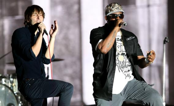 R. Kelly sings with Phoenix's Thomas Mars at Coachella 2013.