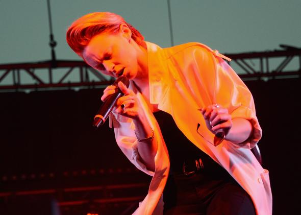 166647453-la-roux-performs-onstage-during-day-3-of-the-2013