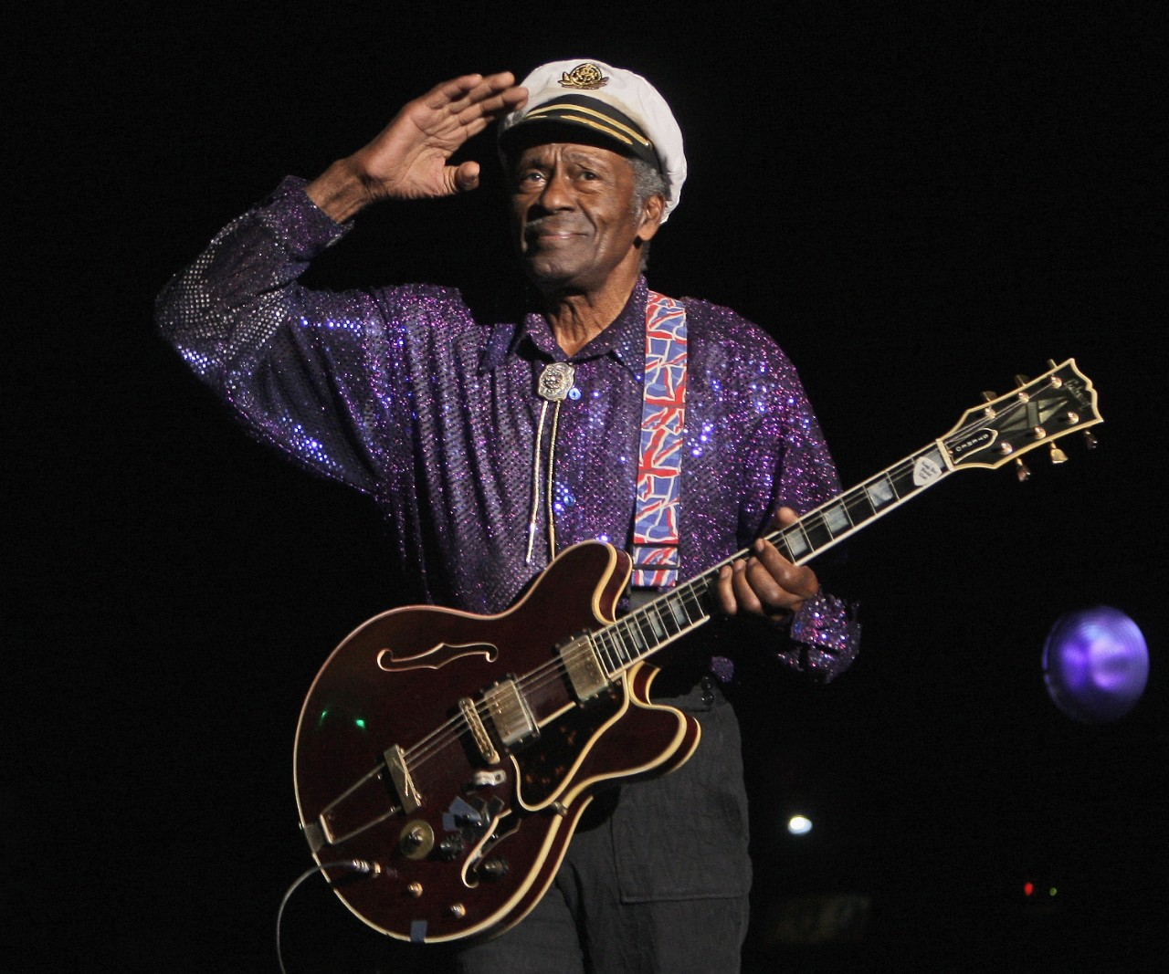 rock n roll legend chuck berry has died at 90. Black Bedroom Furniture Sets. Home Design Ideas