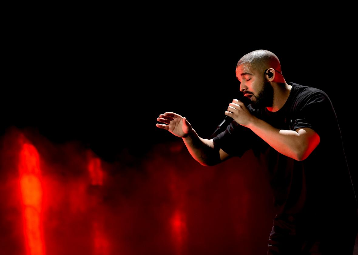 610059346-recording-artist-drake-performs-onstage-at-the-2016