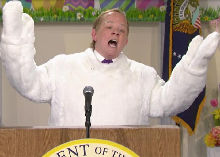 Melissa McCarthy returns to SNL as Sean Spicer in a bunny suit.