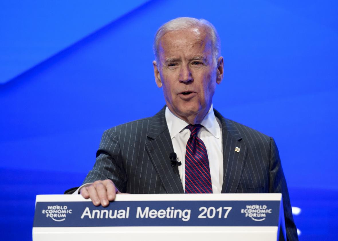 631822630-outgoing-us-vice-president-joe-biden-delivers-remarks