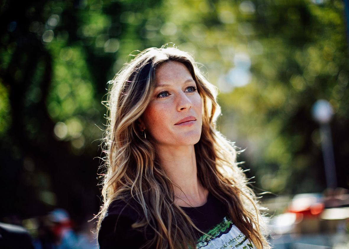 Gisele Bundchen's tweet had nothing to do with the ... Gisele Bundchen