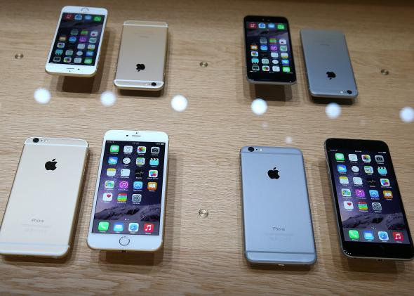 455054182-the-new-iphone-6-is-displayed-during-an-apple-special