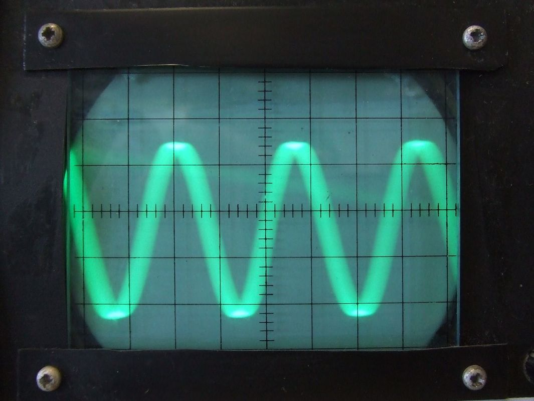 how to break glass with sound waves