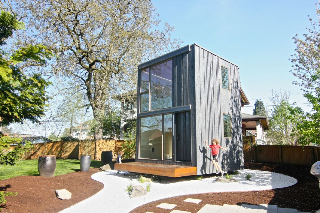 Path architecture s 359 is a tiny house that can be for Tiny home architects