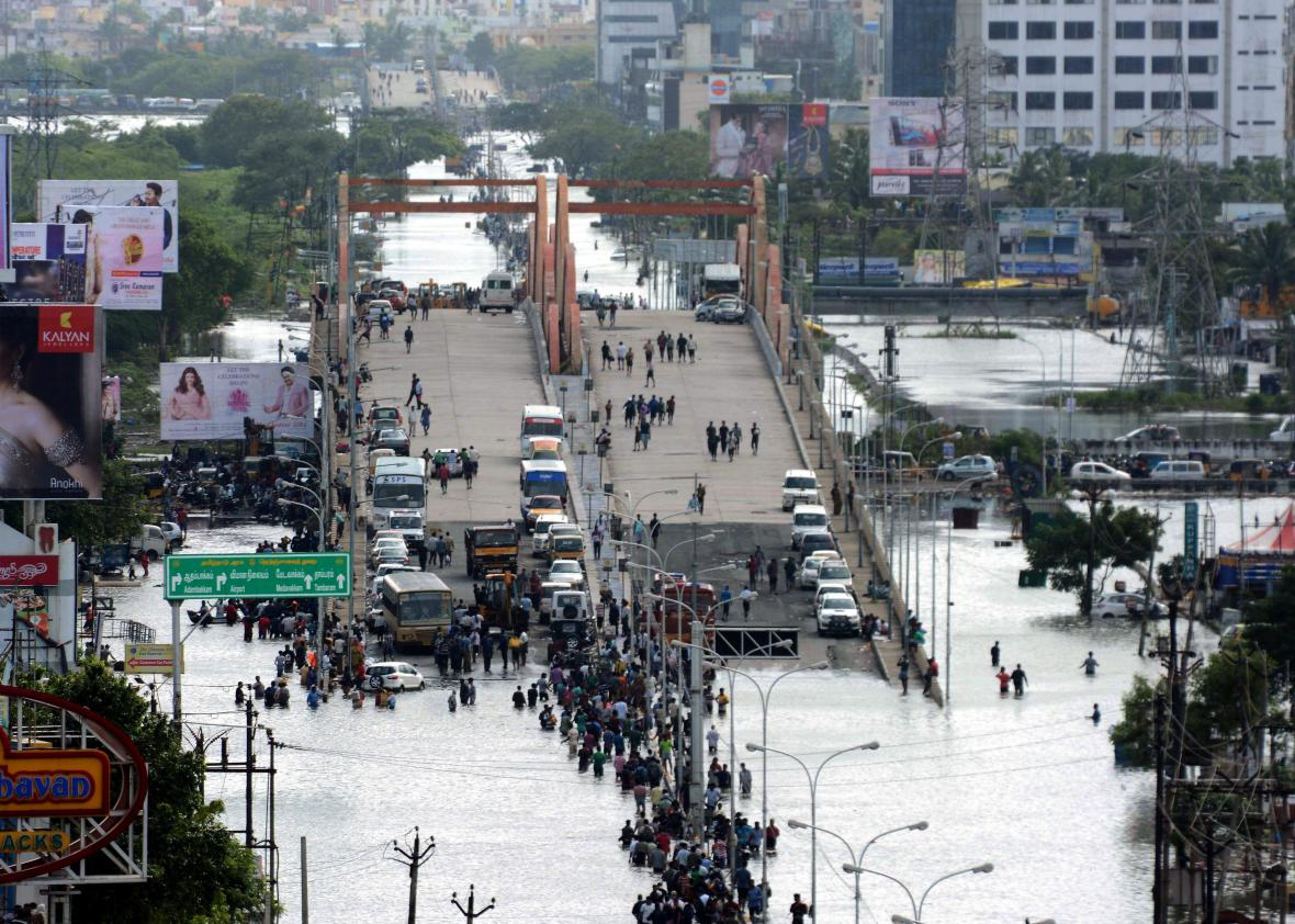 chennai floods devastate s fourth largest city 499756284 n residents and motorists gather on a