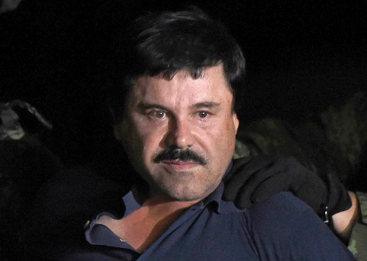 504137372-drug-kingpin-joaquin-el-chapo-guzman-is-escorted-into-a