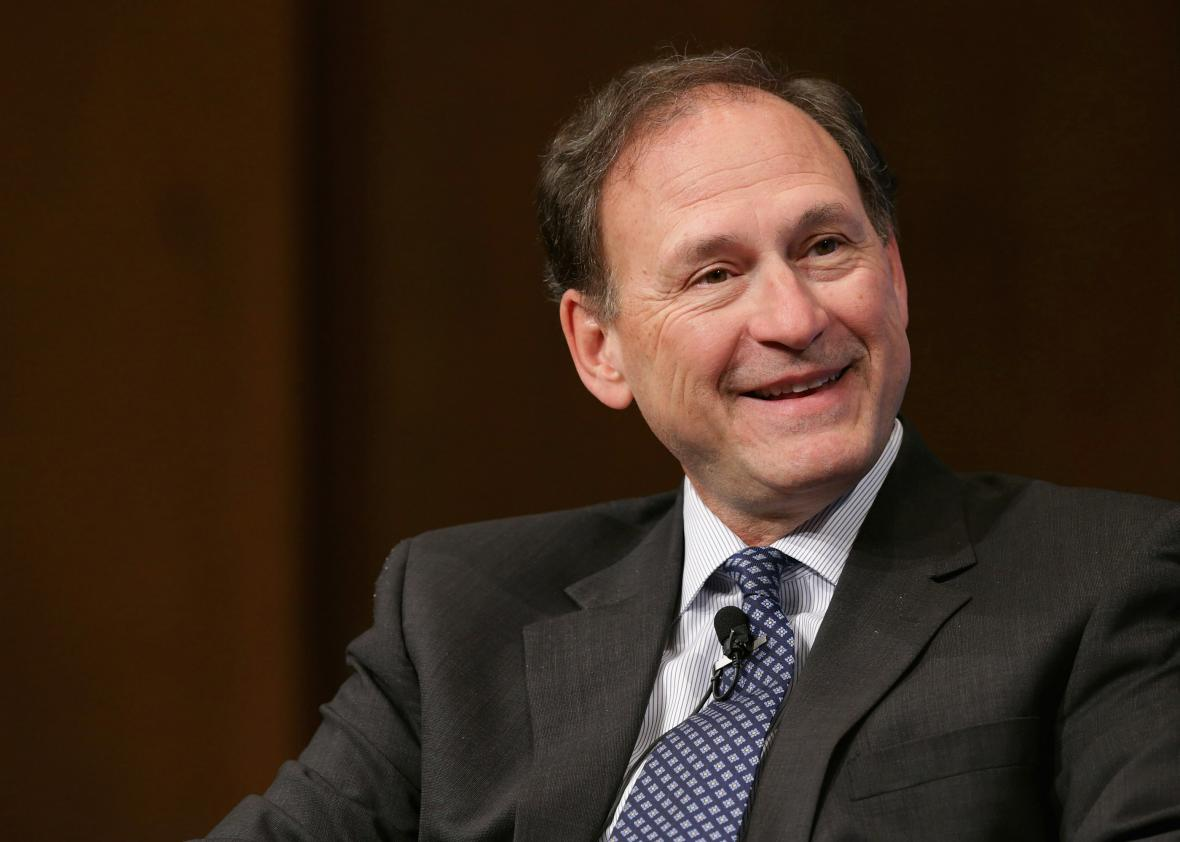 511846028-supreme-court-associate-justice-samuel-alito-speaks