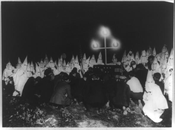 a history of the ku klux klan a white supremacy group Ku klux klan the ku klux klan (kkk) is a white supremacist organization that was founded in 1866 throughout its notorious history, factions of the secret fraternal.