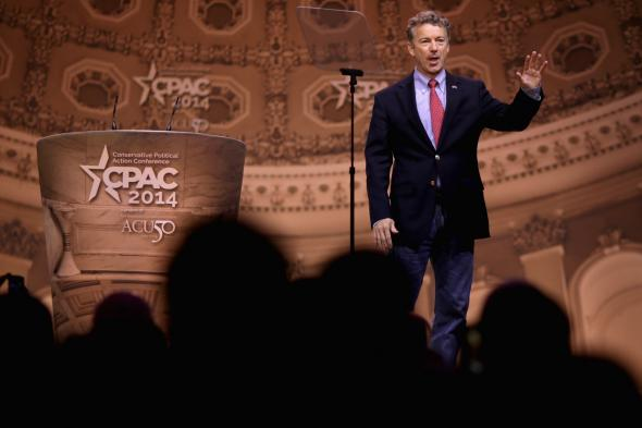 477148595-sen-rand-paul-takes-the-stage-before-addressing-the