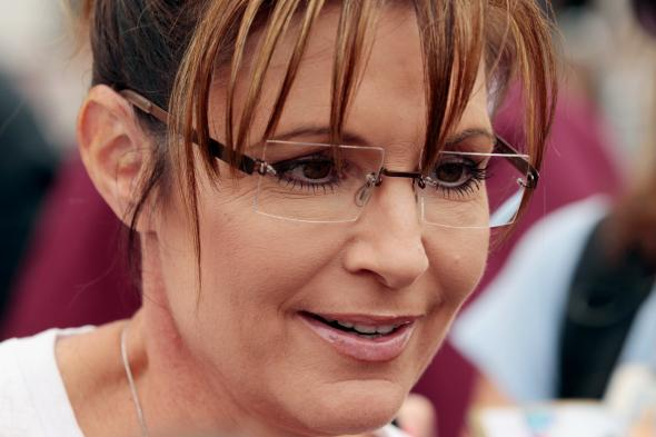 120919474-former-alaska-governor-sarah-palin-visits-the-iowa