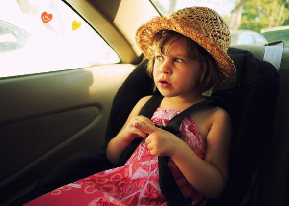 kid_in_car