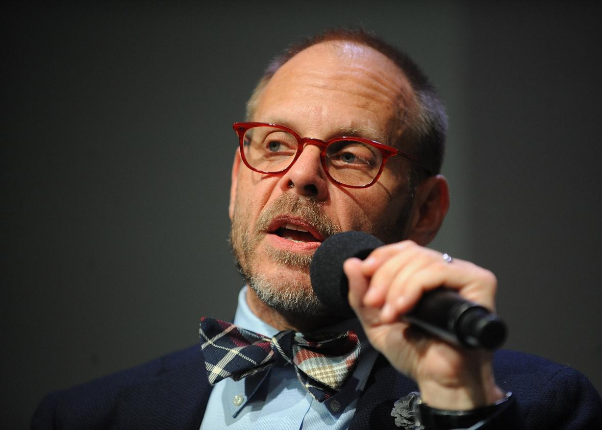 451175227-chef-alton-brown-attends-meet-the-author-at-apple-store