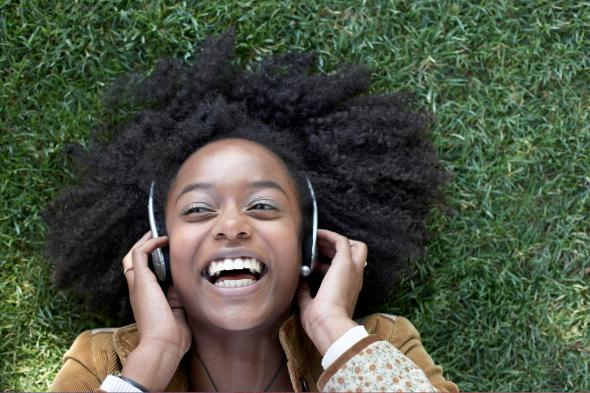 How to talk to a woman who is wearing headphones might be the most thinkstockphotos83719859 ccuart Gallery