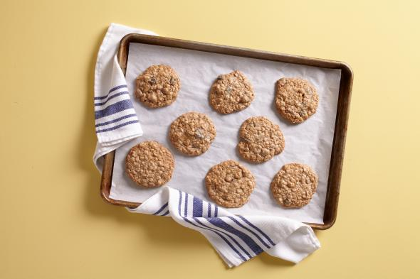 Toffee-Brown Butter Oatmeal Cookies