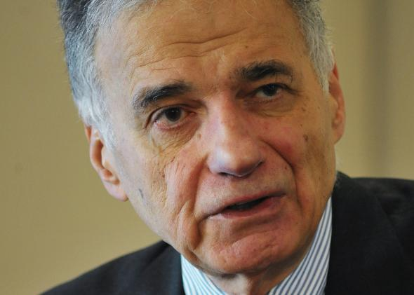 107905998-rightsconsumer-advocate-ralph-nader-speaks-during-a