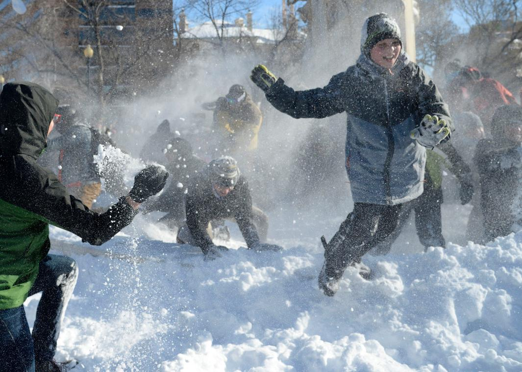 506568190-people-participate-in-a-giant-snowball-fight-in-dupont