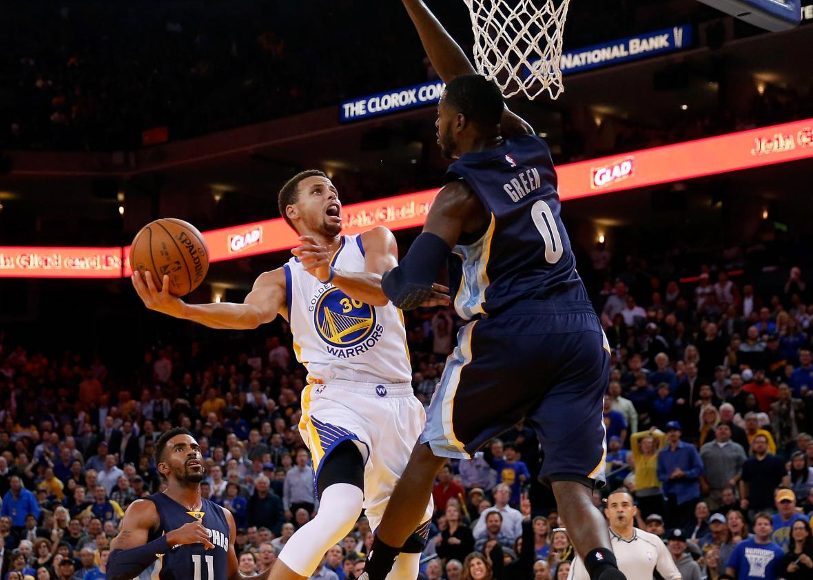 495425042-stephen-curry-of-the-golden-state-warriors-goes-up-for