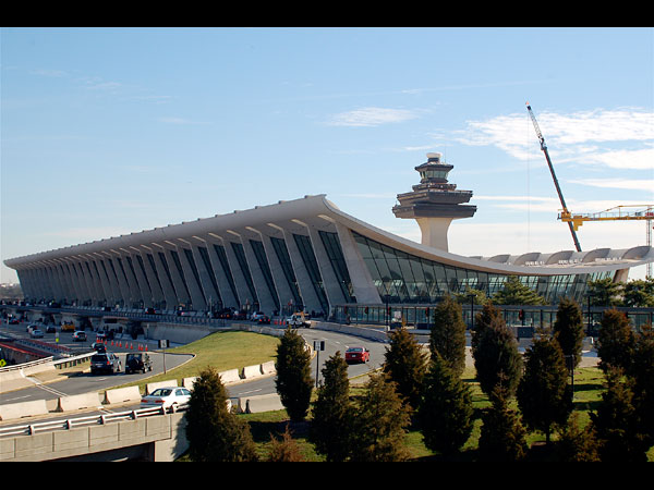 images%2Fslides%2F4_Dulles_Airport