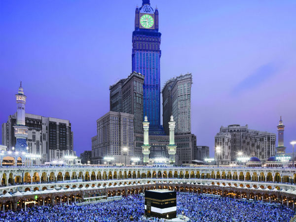 images%2Fslides%2F1_Makkah_Clock_Royal_Tower
